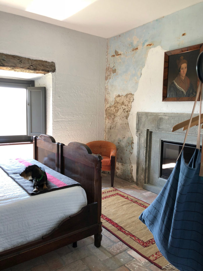 Vivian makes herself comfortable in the guest quarters at La Fortezza.